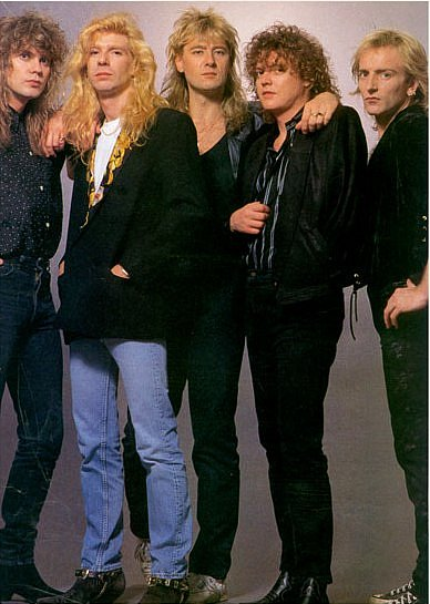 photo-Def-Leppard-Joe-Elliott-love-bites-download