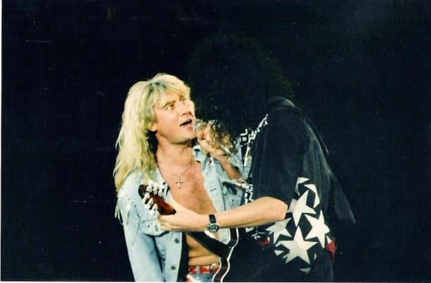 photo-Joe-Elliott-frontman-of-band-Def-Leppard