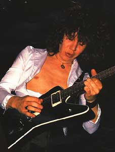 photo-Pete-Willis-guitarist-gruppi-Def-Leppard