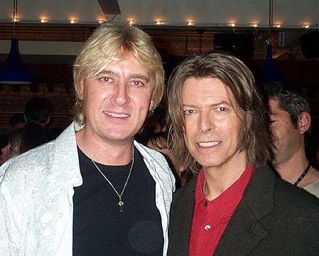 photo-Def-Leppard-with-David-Bowie