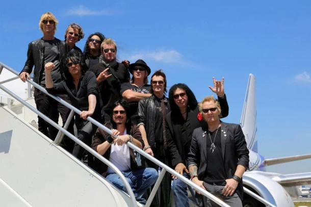 photo-Def-Leppard-with-KISS-Gene-Simmons-glam-rock