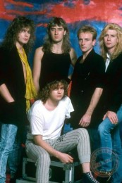 photo-Def-Leppard-Animal-song-fotki-gruppi