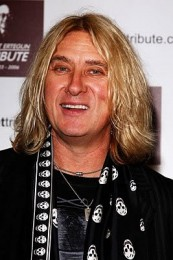 photo-Joe-Elliot-personal-life-Def-Leppard