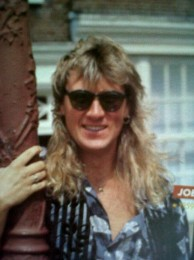 photo-Joe-Elliott-Def-Leppard-vocalist