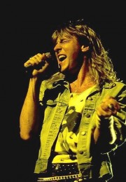 photograph-Joe-Elliott-rock-vocal-Def-Leppard