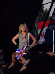photograph-Rick-Savage-life-concerts-Def-Leppard