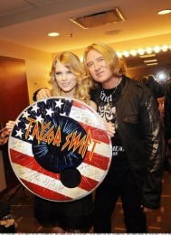photo-Def-Leppard-with-Taylor-Swift-pop-rock-band