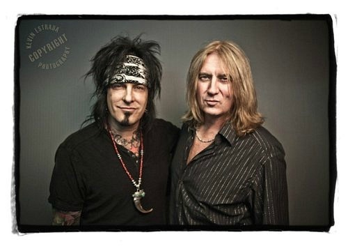 photo-Def-Leppard-with-Nikki-Sixx-Motley-Crue-glam-rock-band